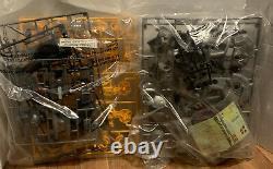 1994 Techno Zoids ELECTRONIC IRON KONG Model Kit Unassembled Kenner Opened