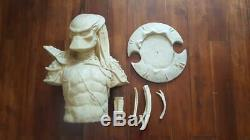 1/2 Bio Predator Chest Bust Unpainted Unassembled Resin Model Kit Hobby AVP
