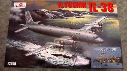 Amodel 72010-02 1/72 Ilyushin Il-38/il-38n (ilyushin Design Bureau) model kit