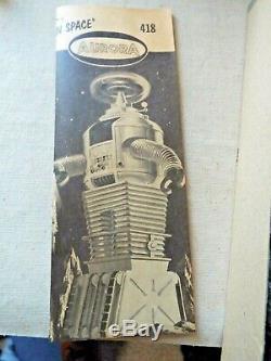 Aurora Orignal Lost In Space Robot 418 Model Kit Unassembled Complete