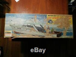 Chris Craft Sport Fisherman vintage Lindberg Unassembled, AS-IS, READ CAREFULLY