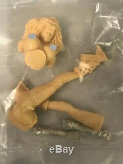 Lot of 8 Resin Figures Models Kits Modern Sexy Female Unpainted Unassembled