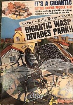 Original 1975 Fundimensions Gigantic Wasp Model Kit #1-0503 unassembled