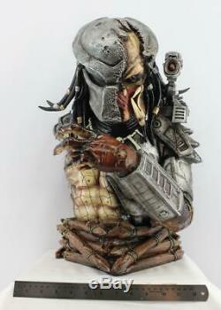 Predator Damaged Mask Bust Resin Model Kit Hobby Unpainted Unassembled 1/2 Scale