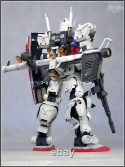 Unpainted and unassembled GSM 1/60 RX-78-2 GUNDAM
