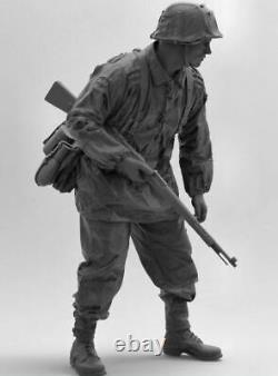 Waffen SS Infantryman figure 19 scale UNASSEMBLED 200mm